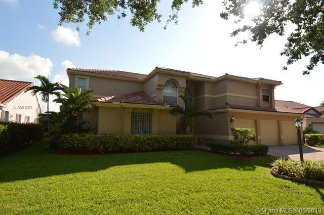 3721 Ottawa Ln, Cooper City, FL 33026 (MLS #A10669360) :: The Brickell Scoop