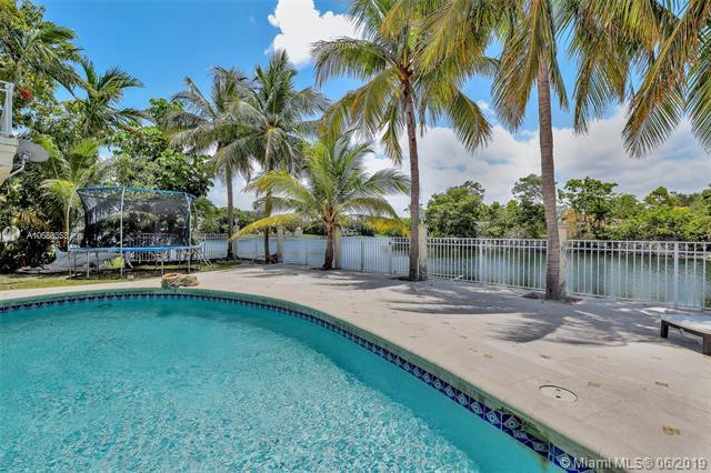 21430 NE 23rd Ave, Miami, FL 33180 (MLS #A10680353) :: RE/MAX Presidential Real Estate Group