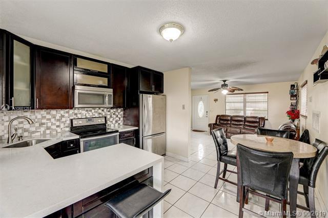 4564 NW 17 Ave, Tamarac, FL 33309 (MLS #A10681251) :: The Edge Group at Keller Williams