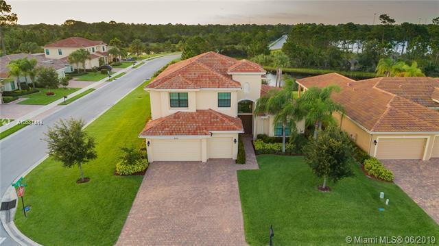 2011 NW Sapphire Ridge Way, Jensen Beach, FL 34957 (MLS #A10681414) :: Grove Properties