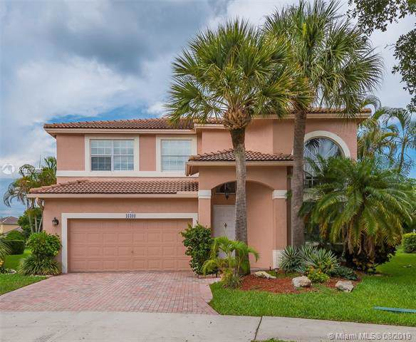 16300 Sapphire Dr, Weston, FL 33331 (MLS #A10685537) :: The Teri Arbogast Team at Keller Williams Partners SW