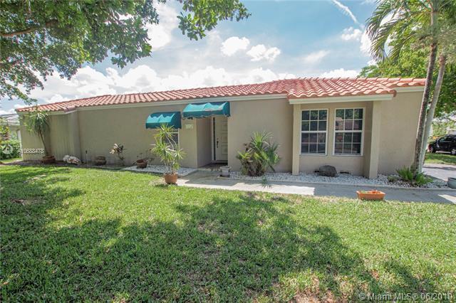 1845 NW 93rd Ter, Coral Springs, FL 33071 (MLS #A10688478) :: Grove Properties