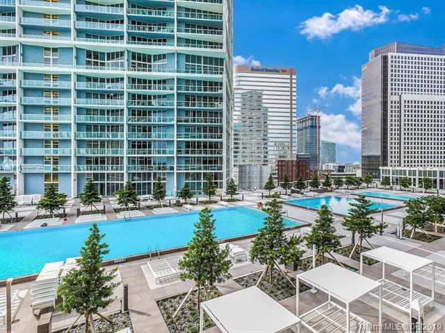 475 Brickell Ave #1811, Miami, FL 33131 (MLS #A10689730) :: Grove Properties
