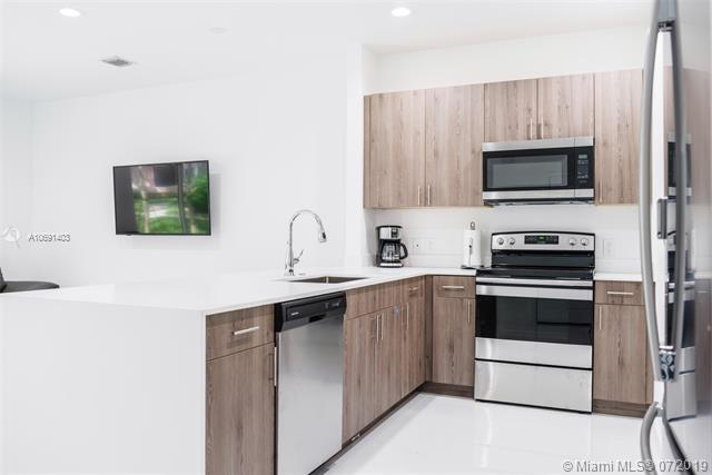 1330 Crystal Way 8D, Delray Beach, FL 33444 (MLS #A10691403) :: Ray De Leon with One Sotheby's International Realty