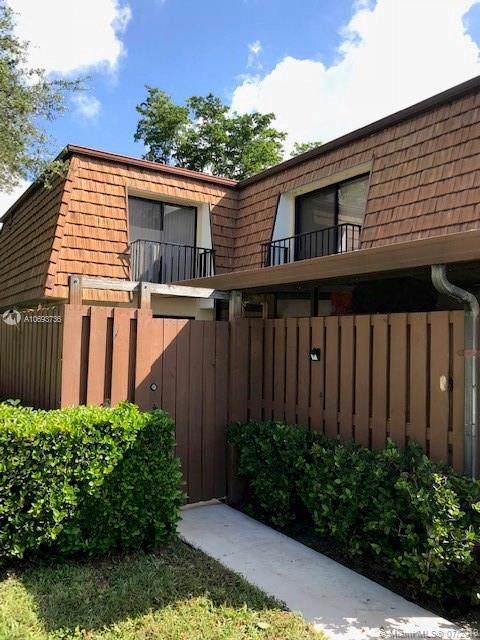 306 3rd Ln, Green Acres, FL 33463 (MLS #A10693736) :: Berkshire Hathaway HomeServices EWM Realty