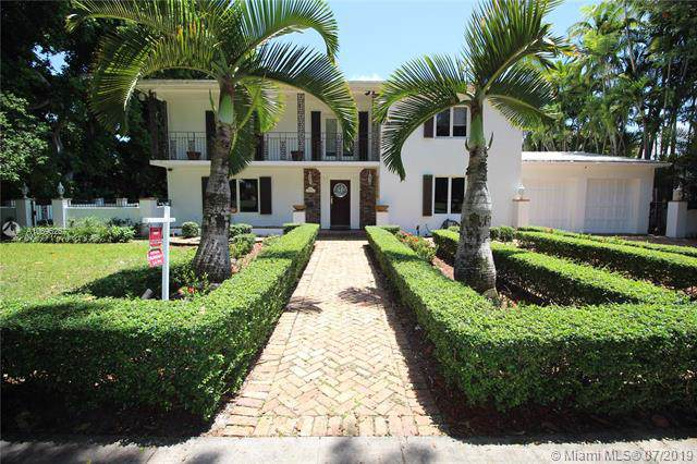 1200 S Greenway Dr, Coral Gables, FL 33134 (MLS #A10696267) :: Grove Properties