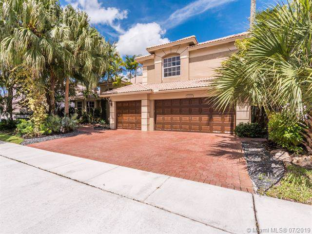 2069 NW 126th, Pembroke Pines, FL 33028 (MLS #A10696936) :: Grove Properties