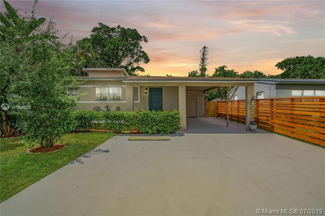 736 NW 19th St, Fort Lauderdale, FL 33311 (MLS #A10698523) :: The Teri Arbogast Team at Keller Williams Partners SW