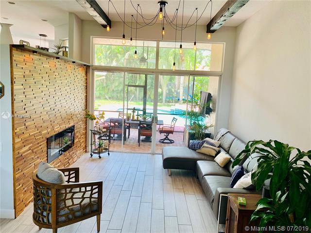 1506 Lantana Ct, Weston, FL 33326 (MLS #A10699948) :: Grove Properties