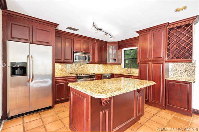 4445 Red Rd, Coral Gables, FL 33155 (MLS #A10702556) :: The Paiz Group