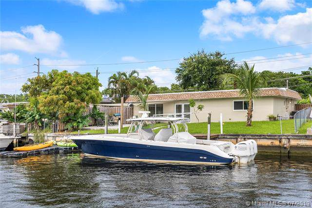 4641 SW 42nd Ave, Dania Beach, FL 33314 (MLS #A10707782) :: Ray De Leon with One Sotheby's International Realty