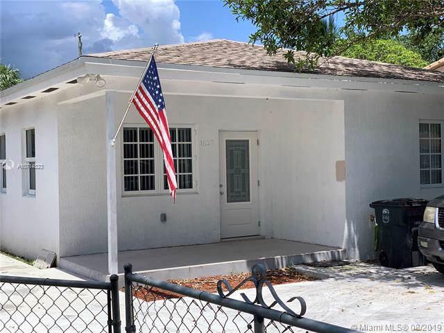 1027 NW 120, Miami, FL 33056 (MLS #A10714823) :: The Kurz Team