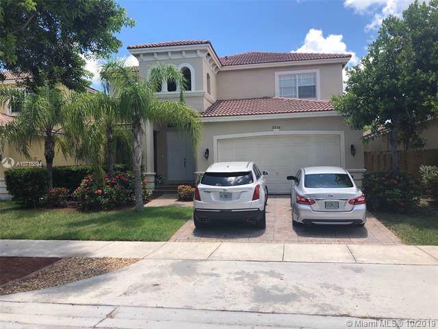 8956 SW 207th St, Cutler Bay, FL 33189 (MLS #A10715894) :: Grove Properties