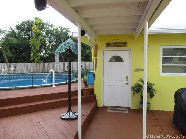 4757 72nd Ave - Photo 1