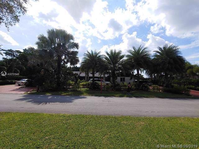 19420 SW 129 AV, Miami, FL 33177 (MLS #A10731945) :: The Jack Coden Group