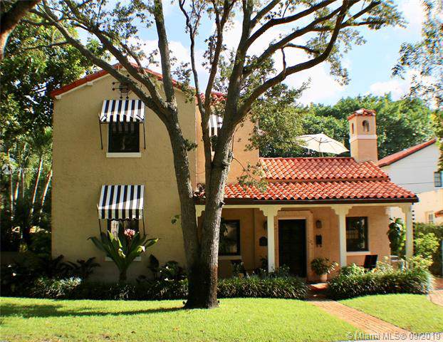 512 Alcazar Ave, Coral Gables, FL 33134 (MLS #A10734515) :: Ray De Leon with One Sotheby's International Realty