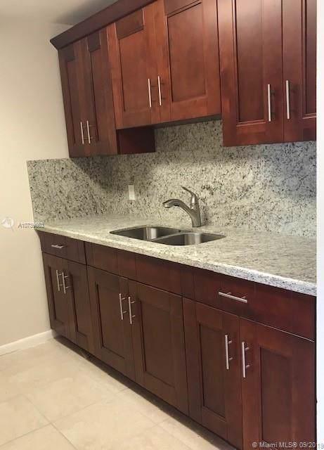 200 SW 132nd Way 303L, Pembroke Pines, FL 33027 (MLS #A10739663) :: Grove Properties