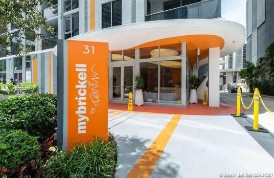 31 SE 6th St #504, Miami, FL 33131 (MLS #A10758076) :: Berkshire Hathaway HomeServices EWM Realty