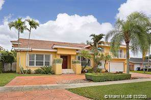 8027 SW 91st Ave, Miami, FL 33173 (MLS #A10785863) :: THE BANNON GROUP at RE/MAX CONSULTANTS REALTY I