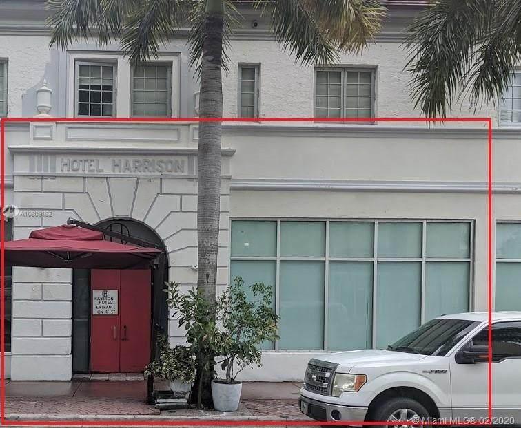 411 Washington Ave - Photo 1