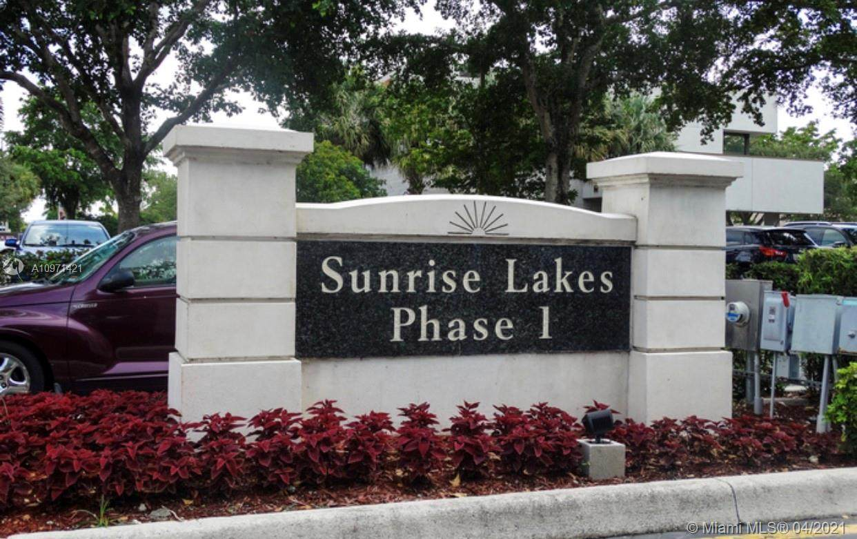 2851 Sunrise Lakes Dr - Photo 1