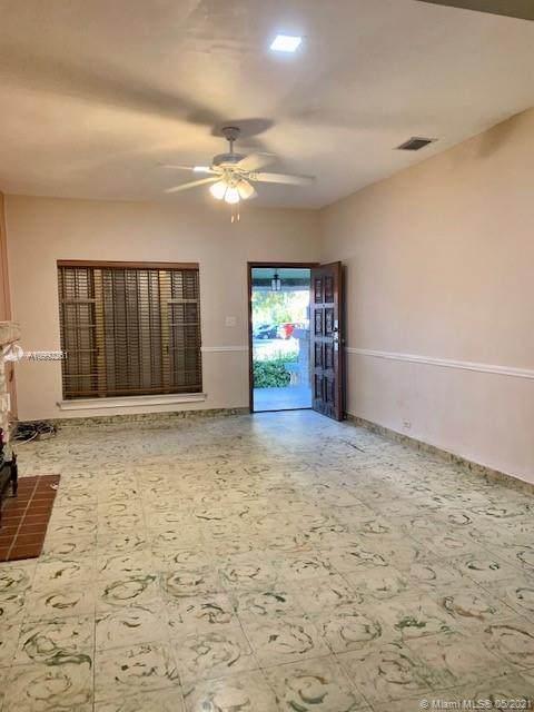 2004 SW 3rd St, Miami, FL 33135 (#A10992261) :: Posh Properties