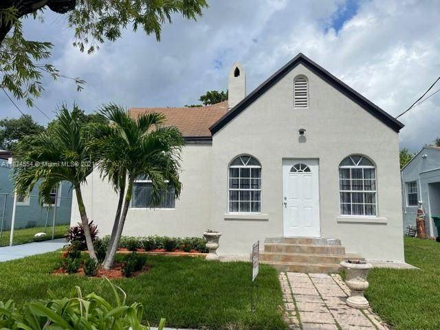 1375 NW 56th St, Miami, FL 33142 (MLS #A11074554) :: Green Realty Properties