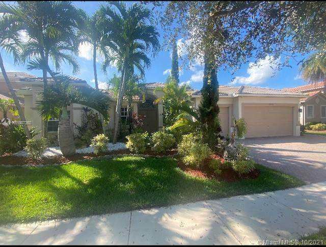 19476 N Coquina Way, Weston, FL 33332 (MLS #A11087360) :: ONE | Sotheby's International Realty