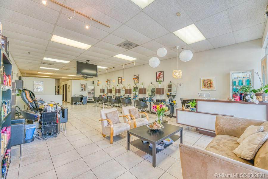Full Service Beauty Salon in Kendall - Photo 1