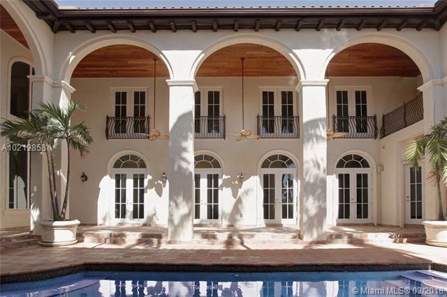 13679 Deering Bay Dr, Coral Gables, FL 33158 (MLS #A10212858) :: Green Realty Properties