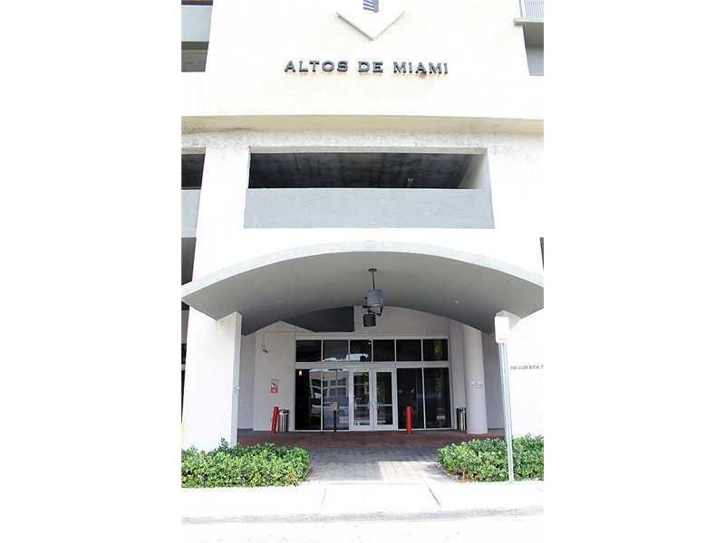 Miami, FL 33125 :: United Realty Group