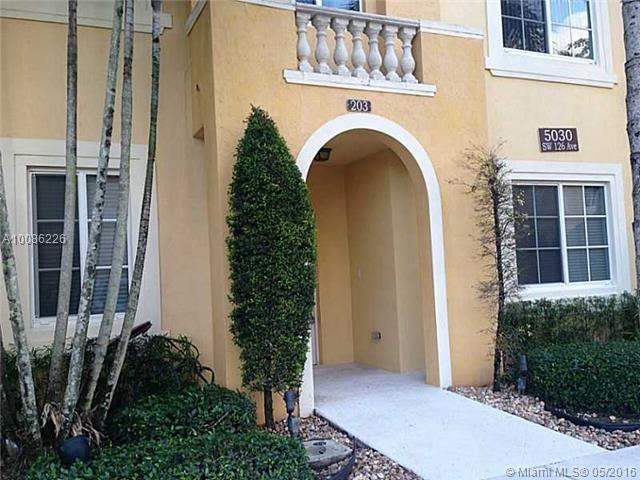5030 SW 126TH AV #203, Miramar, FL 33027 (MLS #A10086226) :: Green Realty Properties