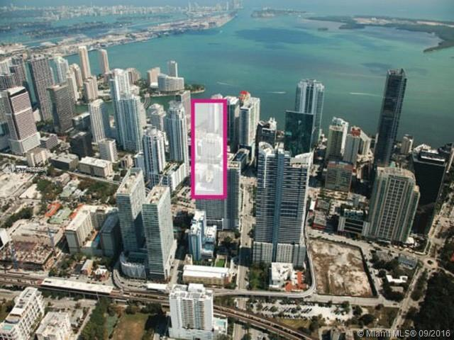 999 SW 1st Ave #1611, Miami, FL 33130 (MLS #A10152359) :: The Paiz Group