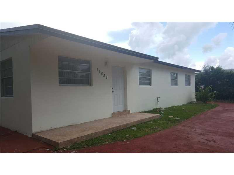 Miami, FL 33157 :: United Realty Group
