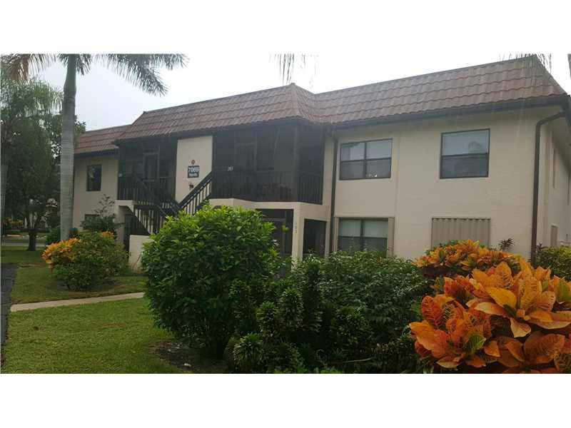 7069 Golf Colony Ct #203, Lakeworth, FL 33467 (MLS #A10166621) :: United Realty Group