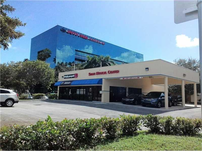 6130 Hollywood Blvd, Hollywood, FL 33024 (MLS #A10166629) :: United Realty Group