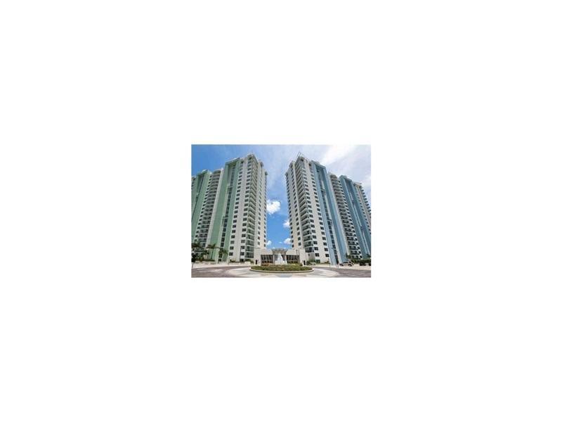 2641 N Flamingo Rd 706 N, Sunrise, FL 33326 (MLS #A10170450) :: United Realty Group