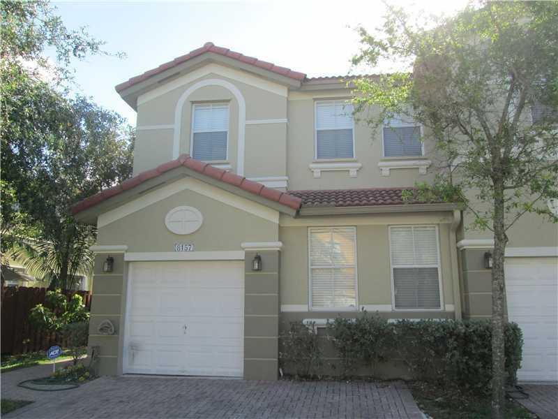 8157 NW 108th Pl #0, Doral, FL 33178 (MLS #A10171911) :: United Realty Group