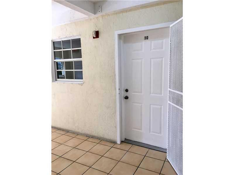 1351 SW 4th St #10, Miami, FL 33135 (MLS #A10172097) :: United Realty Group