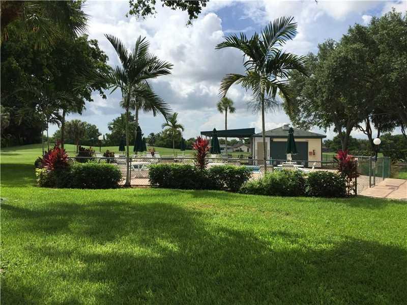 9080 Lime Bay Blvd #307, Tamarac, FL 33321 (MLS #A10172336) :: United Realty Group