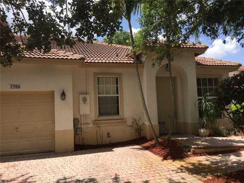 7986 NW 19th Ct #7986, Pembroke Pines, FL 33024 (MLS #A10172917) :: United Realty Group