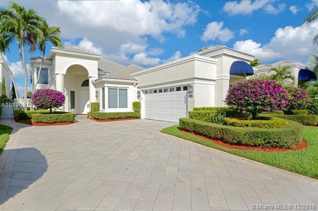 2563 NW 63rd St, Boca Raton, FL 33496 (MLS #A10190912) :: Green Realty Properties