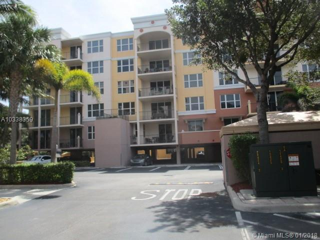 101 SE 20 Ave #202, Deerfield Beach, FL 33441 (MLS #A10338359) :: Stanley Rosen Group