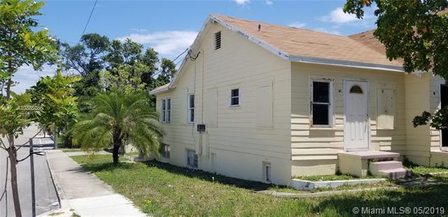 230 N B St, Lake Worth, FL 33460 (MLS #A10386268) :: The Paiz Group