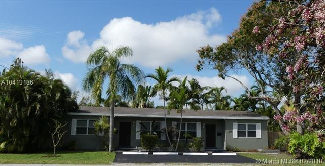 630 NE 15th Ct, Fort Lauderdale, FL 33304 (MLS #A10413136) :: The Teri Arbogast Team at Keller Williams Partners SW