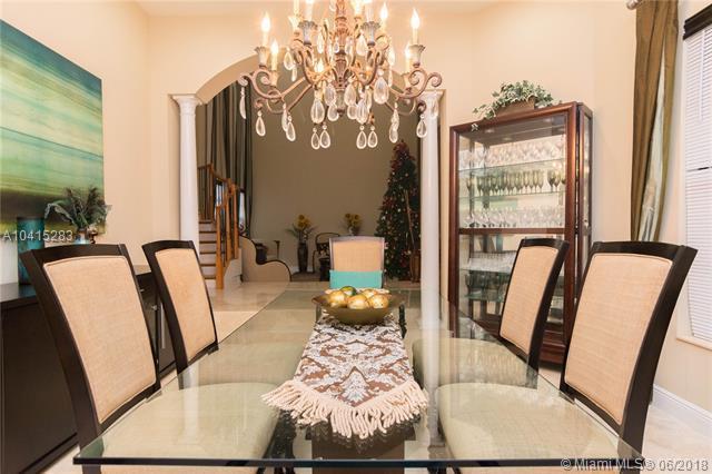 10210 Majestic Trl, Parkland, FL 33076 (MLS #A10415283) :: Green Realty Properties