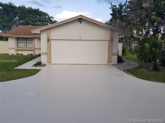 3 Danby Pl, Boynton Beach, FL 33426 (MLS #A10421004) :: Green Realty Properties