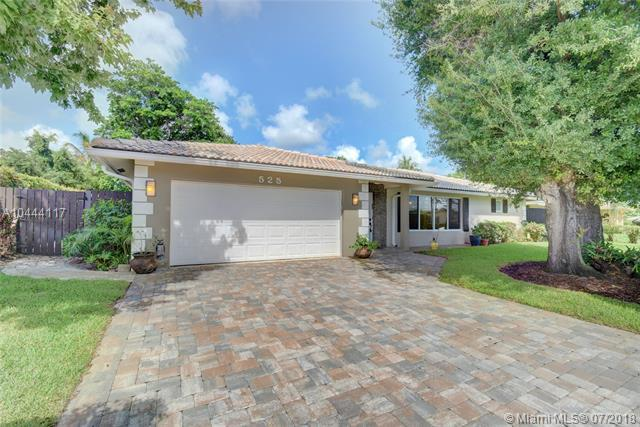 525 NW 13th Ave, Boca Raton, FL 33486 (MLS #A10444117) :: The Teri Arbogast Team at Keller Williams Partners SW
