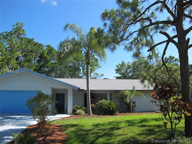 7717 N 154th Ct N, West Palm Beach, FL 33418 (MLS #A10444291) :: Green Realty Properties