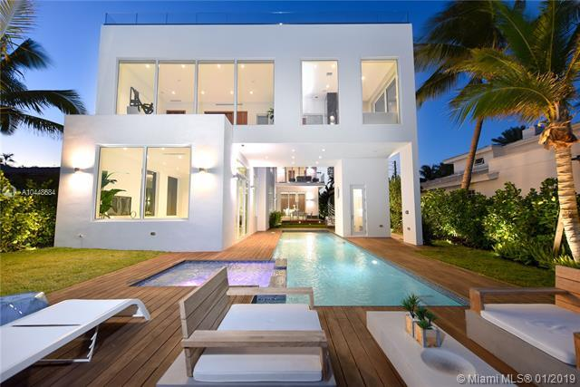 1510 Bay Dr, Miami Beach, FL 33141 (MLS #A10448684) :: The Riley Smith Group